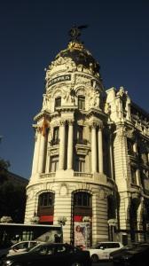 Edificio de Metropolis-Metropolis Binasi #madrid